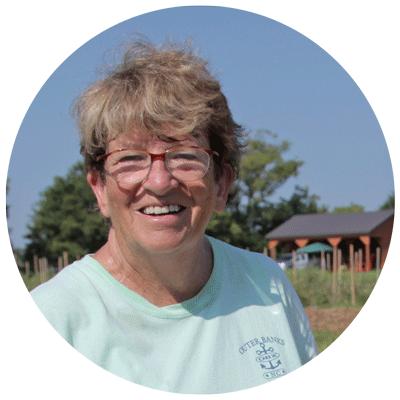 volunteer mary peterson