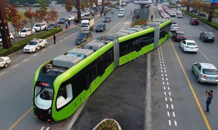 Train, bus, or something new? Australian professor talks Trackless Trams